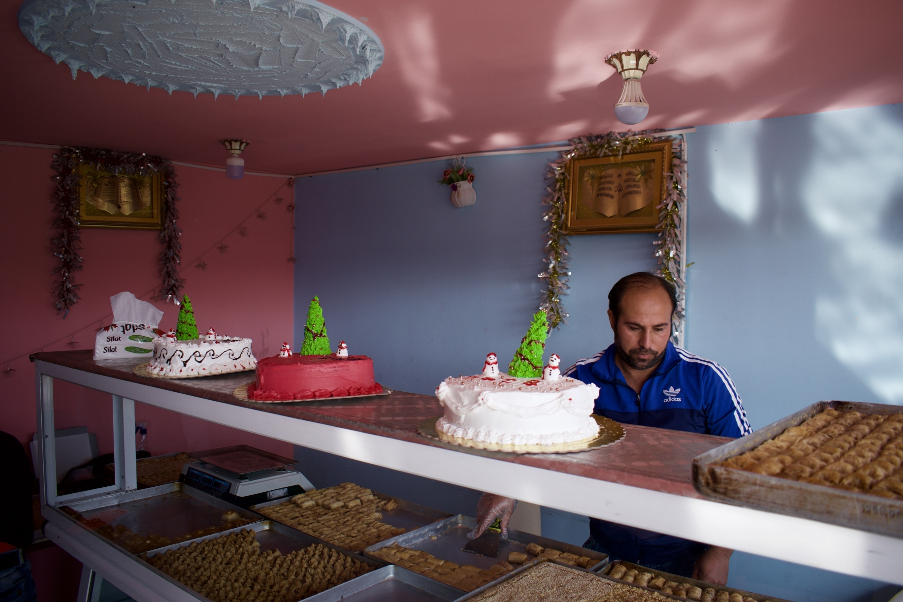 Supporting sweets producers in Syrian refugee camps
