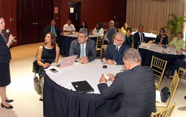 Panama to develop pharma sector, provide access to medicines in the region/Gallery