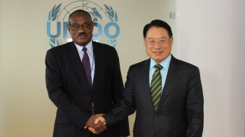 Director General LI met with Al Dirdiri Mohamed Ahmed AL DIKHAIRI, Minister of Foreign Affairs, Sudan