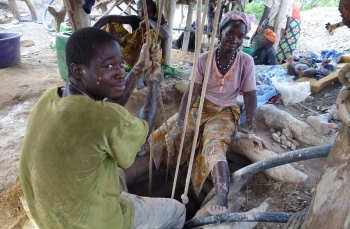 Improving the formality and traceability of artisanal gold in Burkina Faso